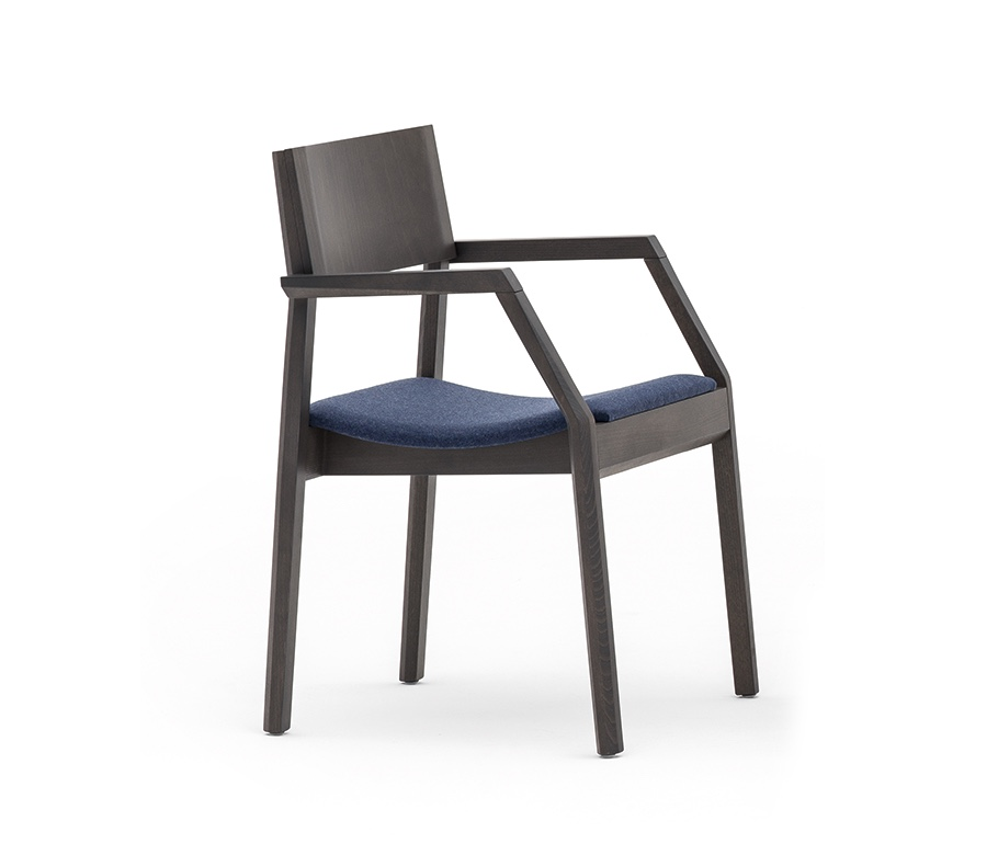 Montbel seating Maki 03722
