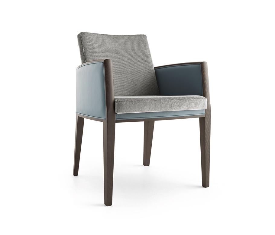 Montbel seating Newport 01831