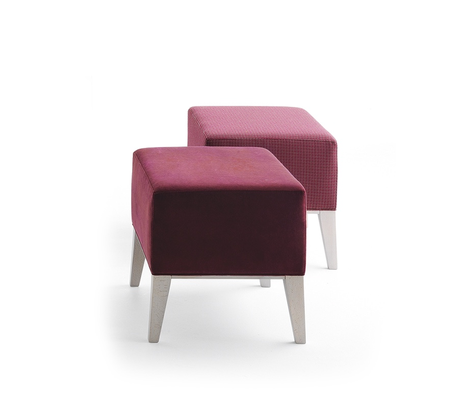 Montbel seating Newport 01871